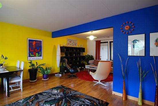 интерьер зала: дизайн узкой комнаты