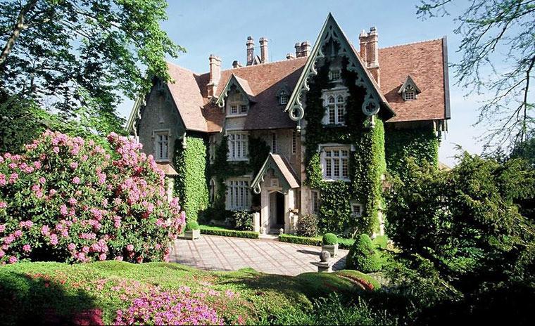 Нормандский сказочный дом Ив Сен-Лорана и Пьера Берже
