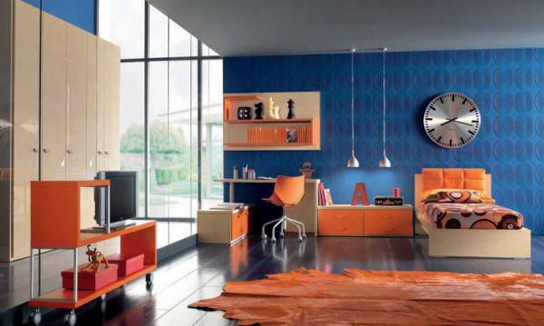 оранжево-голубой интерьер