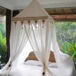 Кровать с балдахином — гармония сна