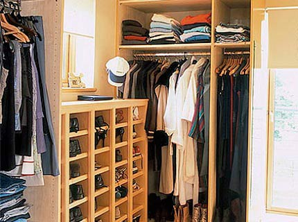 гардеробная в маленькой комнате