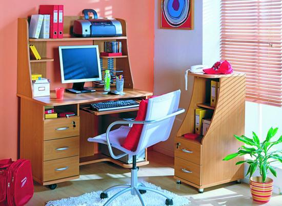 Дизайн столов для школьников