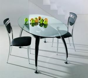 Стеклянные столы для кухни — модно и практично