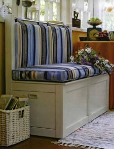 Как сделать диван своими руками для дома и для дачи