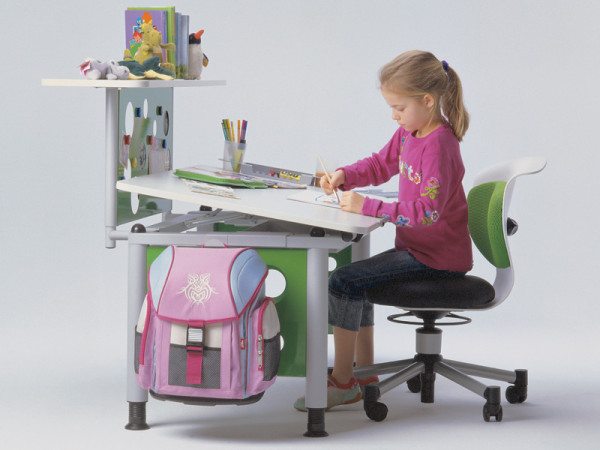 Своими руками стол для школьника