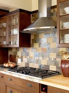 Практично и стильно: выбор плитки для фартука